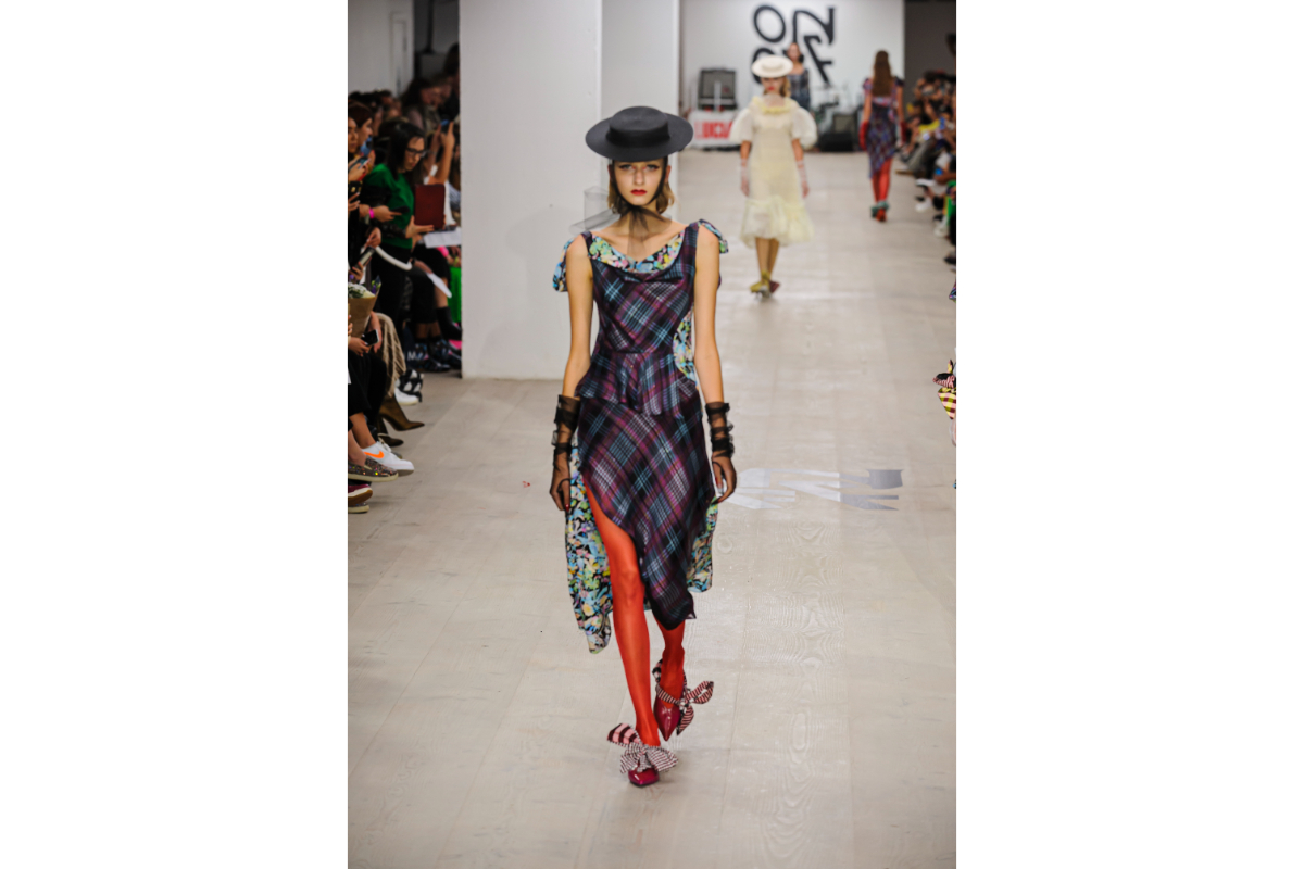 LFW ON-OFF PRESENTS-811